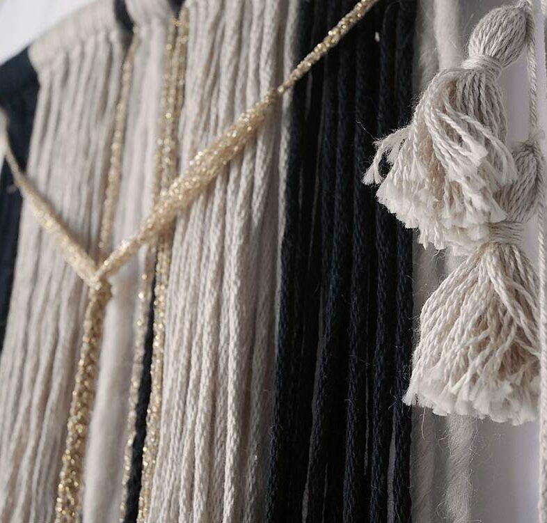 wall hanging handmade fil doré